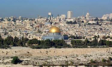 """اللجنة الدولية لدعم الشعب الفلسطيني """"سرقة أموال الفلسطينيين جريمة دولية ستكون لها تداعيات خطيرة"""""""
