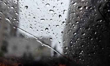 زخات رعدية قوية محليا ورياح قوية مرتقبة اليوم وغدا بعدد من مناطق المملكة