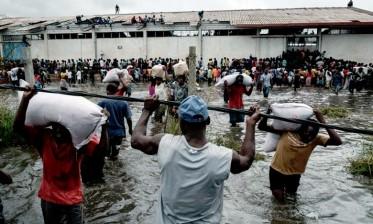 """اعصار """"إيداي"""" بالموزمبيق:  المغرب يرسل مساعدة انسانية عاجلة إلى الضحايا"""