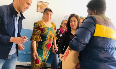 استفادة 60 مواطنا ولاجئا إفريقيا وسوريا من قفة رمضان