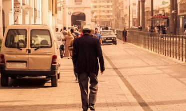10 في المائة من البيضاويين يفضلون المشي على استعمال وسائل النقل