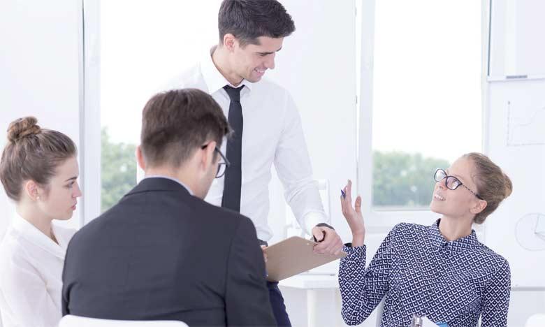 Apprendre à créer des partenariats durables, à bien travailler avec une équipe, à communiquer efficacement... ces aspects sont les clés du succès en milieu de travail.