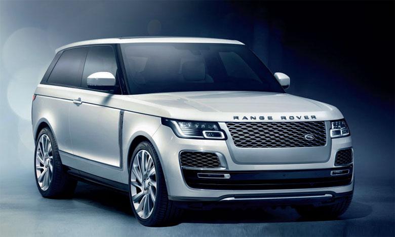 Chaque SV Coupé sera assemblé à la main par les experts du Centre technique SVO au Royaume-Uni aux spécifications exactes désirées par l'acheteur, une première pour Range Rover.