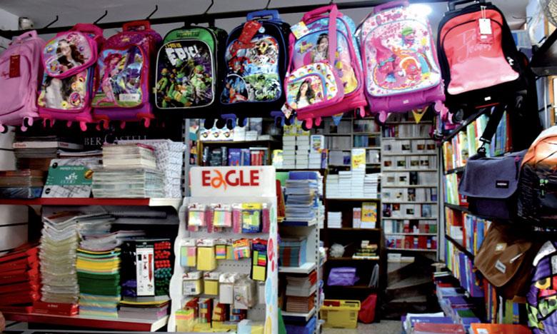 À l'instar des grandes surfaces, les librairies sont sollicitées dans tous les quartiers. En plus de vendre des livres scolaires, elles mettent à disposition  des fournitures scolaires.                                                                                                                                                                                                                                                   Ph. Seddik