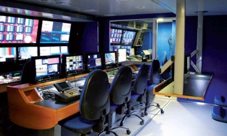 Les opérateurs de communication audiovisuelle sont tenus de respecter le principe d'équilibre dans l'expression des différents courants d'opinion et de pensée dans les programmes d'information.