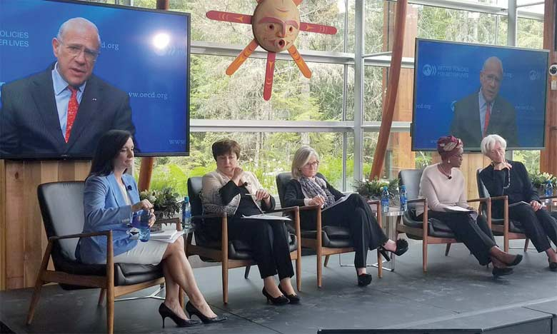 Kristalina Georgieva, directrice générale de la Banque mondiale (deuxième à partir de la gauche), estime qu'il y a un consensus parmi les scientifiques et les économistes pour dire qu'un prix sur le carbone est la meilleure façon de changer les comportements.          Ph. DR