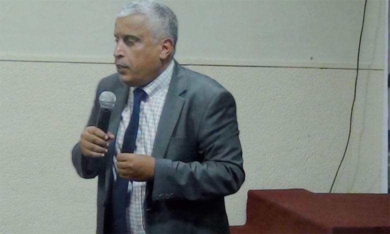 Abderrahim Ksiri, coordinateur national de l'AMCDD, a qualifié cette décharge de «bombe à retardement».             Ph. DR