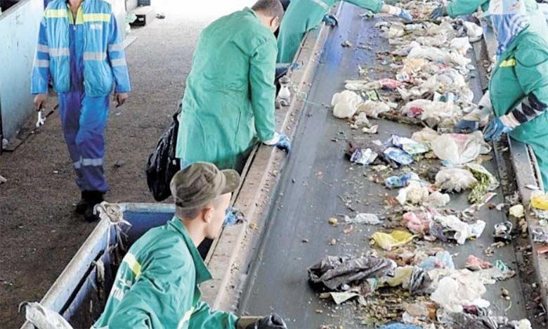 Depuis 2000, la Banque mondiale a alloué plus de 4,7 milliards de dollars à 340 programmes de gestion des déchets à travers le monde à l'image de celui d'Oum Azza à Rabat. Ph. DR