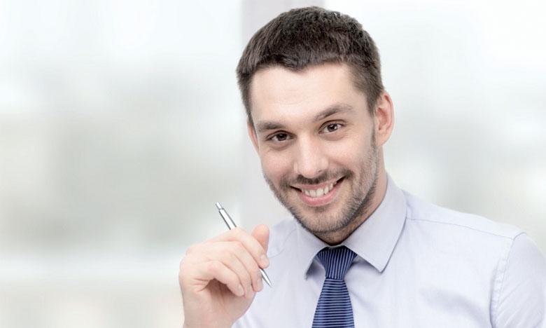 Le bien-être au travail peut contribuer à développer la notion du bonheur au travail.