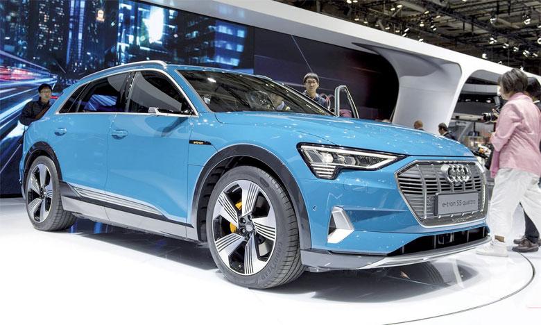 SUV familial, l'Audi e-tron mesure 4.901mm de long, 1.935mm de large et 1.616mm de haut.
