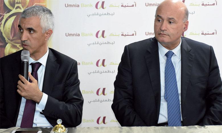 Le top management d'Umnia Bank a rendu publics les résultats financiers du 1er semestre lundi à Casablanca.                                                      Ph. Saouri