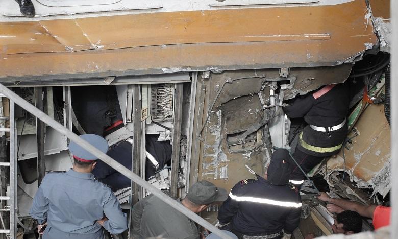Sur les lieux de l'accident, la mobilisation des équipes de secours ne faiblit pas. Ph. AICPRESS