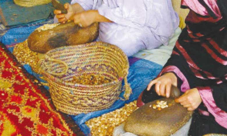 Un appui conséquent sera apporté à toutes les parties prenantes de la chaine de valeur de l'argan et particulièrement aux femmes ayants droit,  aux coopératives de production et à la Fifargane.