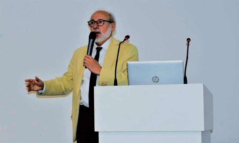 Francis Eustache, neuropsychologue s'intéressant aux relations entre le cerveau et le comportement.