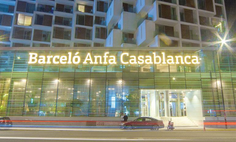Doté d'une capacité de 206 chambres dont 14 suites, Barcelo Anfa Casablanca, qui vient remplacer l'ancien El Kandra pui