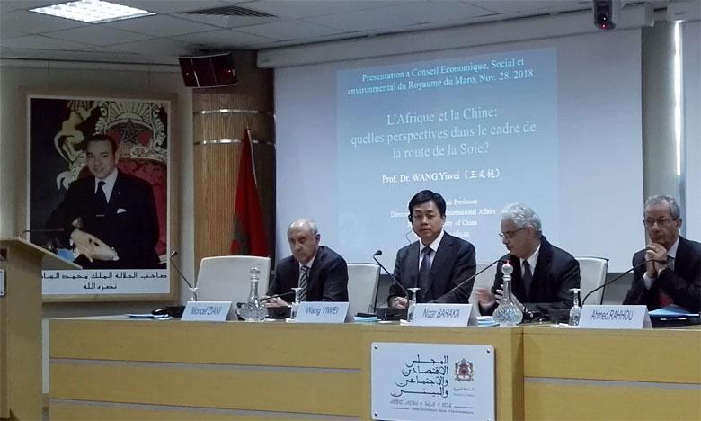 Le professeur Wang Yiwei a souligné l'importance d'un pays tel que le Maroc pour le géant asiatique.