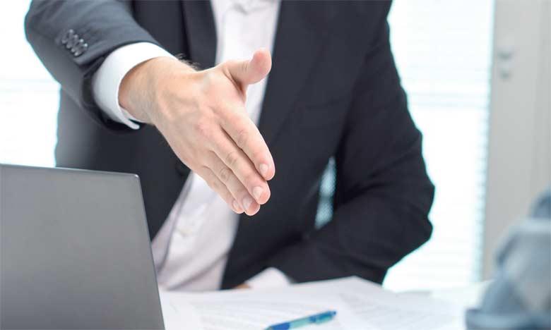 La négociation du salaire dès l'embauche demeure une démarche fondamentale, du fait qu'on la considère comme un point de départ pour bâtir toute sa carrière au sein de l'entreprise.