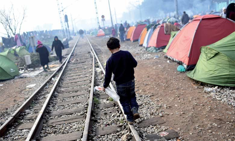 Il  y a urgence à assurer la protection et l'accès aux services de base à tous les enfants migrants et réfugiés,