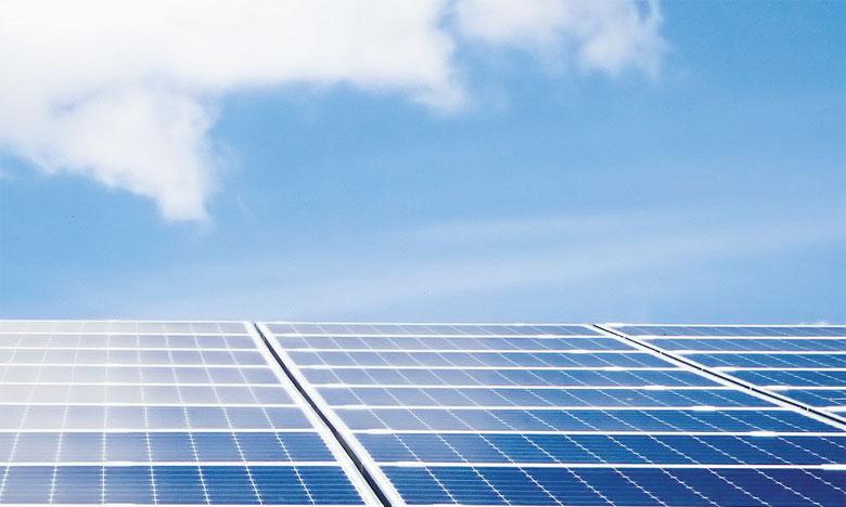 Ce workshop vise à contribuer à une discussion factuelle sur la situation récente du photovoltaïque, les développements de cette technologie dans le monde basés sur les connaissances et technologies disponibles.