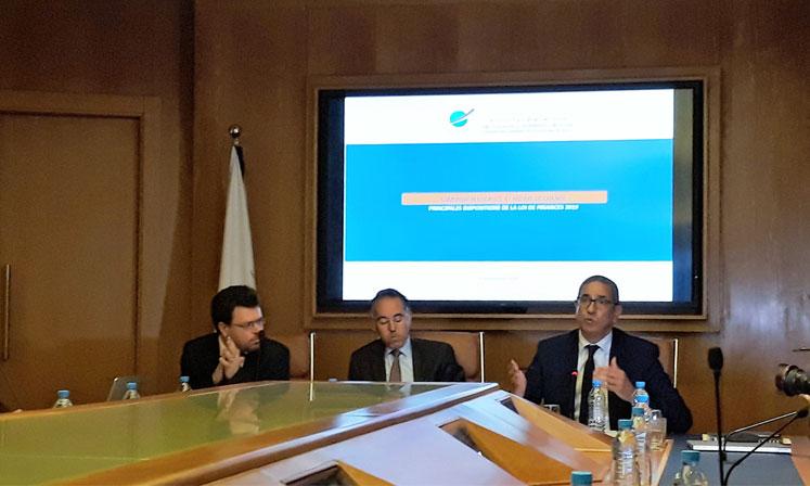 Selon Mohamed Hdid (au centre), président de la commission Fiscalité et régime de change au sein de la CGEM, les Assises fiscales devraient opérer une rupture avec le système actuel en enclenchant une grande réforme de la fiscalité.