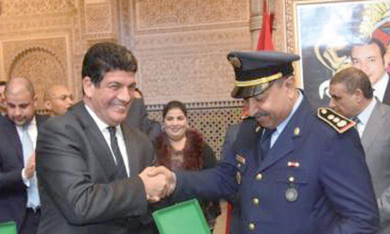 Les ambulances équipées ont été remises par Mustapha Bakkoury, président de la région de Casablanca-Settat.