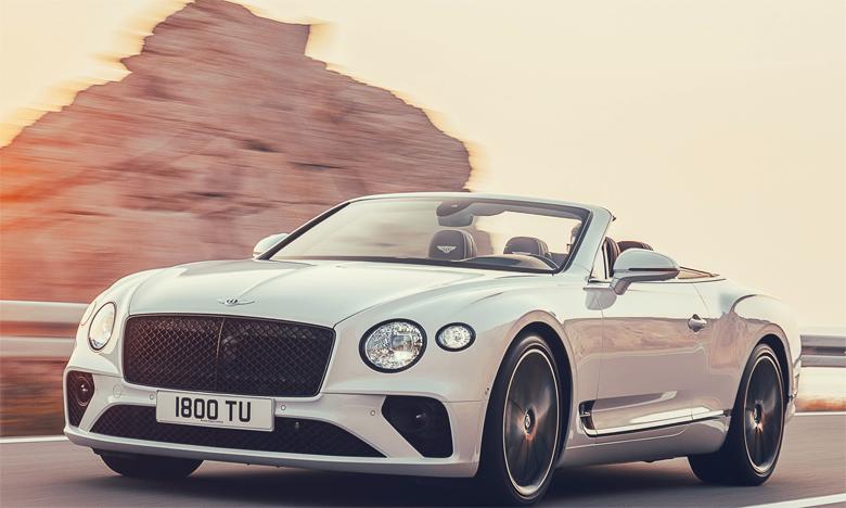 La nouvelle Continental GT Convertible incarne l'expertise de Bentley dans la création des plus belles voitures de grand tourisme du monde.