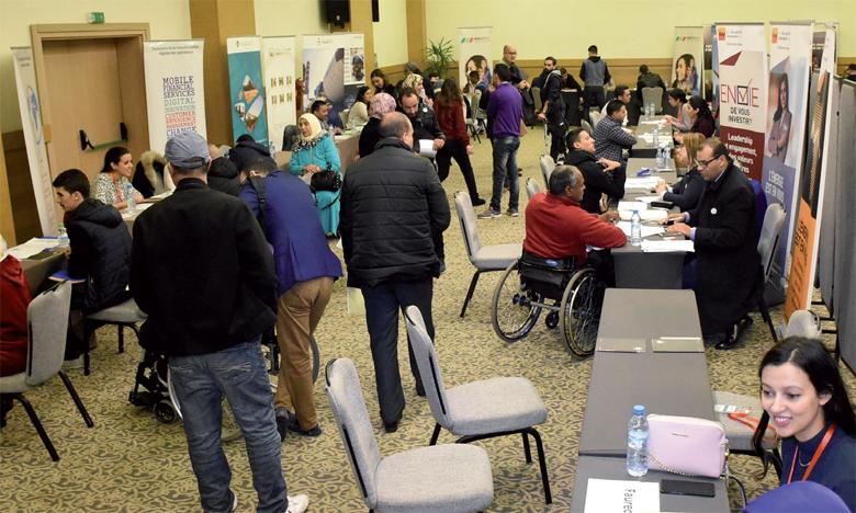 Espoir Maroc tente d'apporter une aide aux personnes à besoins spécifiques à travers son Forum dont l'objectif est de faciliter la rencontre entre les personnes en situation de handicap à la recherche d'opportunités d'emploi et les employeurs.                                                                                                                                                    Ph. Saouri