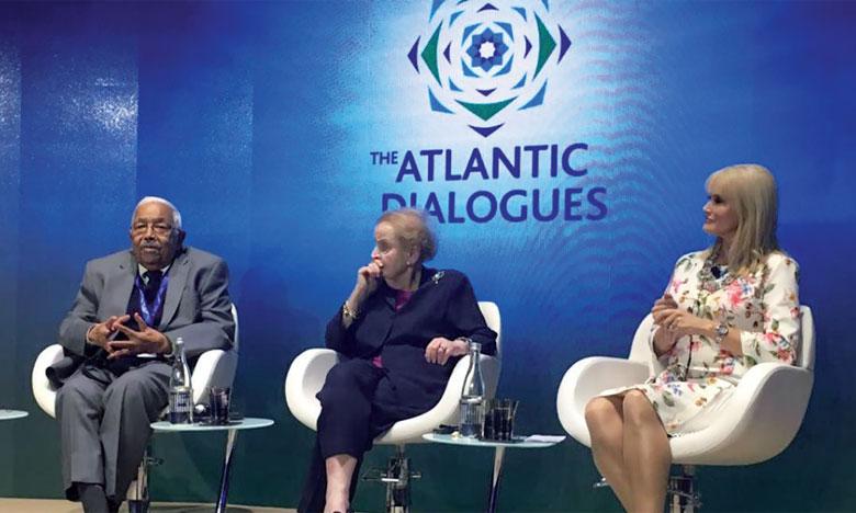 Les enjeux de la mondialisation pour l'Afrique au coeur du débat.