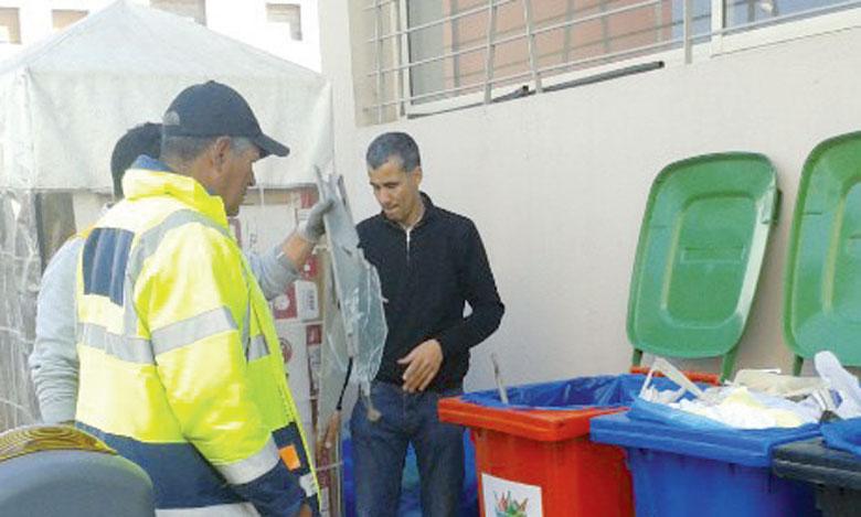 Le projet «Coproduction de la propreté», initié en 2014 a ciblé une centaine de quartiers et écoles dans 22 villes marocaines pour améliorer l'état de propreté des espaces de vie. Ph. DR