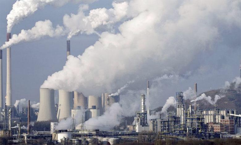 En 2015 et en dehors des transports routiers, 81% des émissions de CO2 échappaient à toute imposition, et 97% d'entre elles étaient taxées à un taux inférieur au coût de la dégradation environnementale qu'elles provoquent. Ph. DR