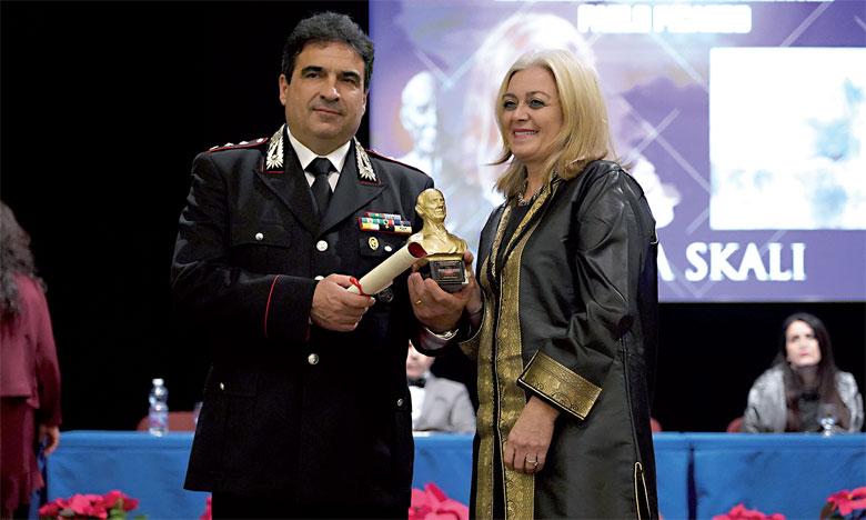 Nadia Skali a reçu en décembre 2018 le prix «Julius Caesar Imperator» dans la ville de Lecce en Italie.