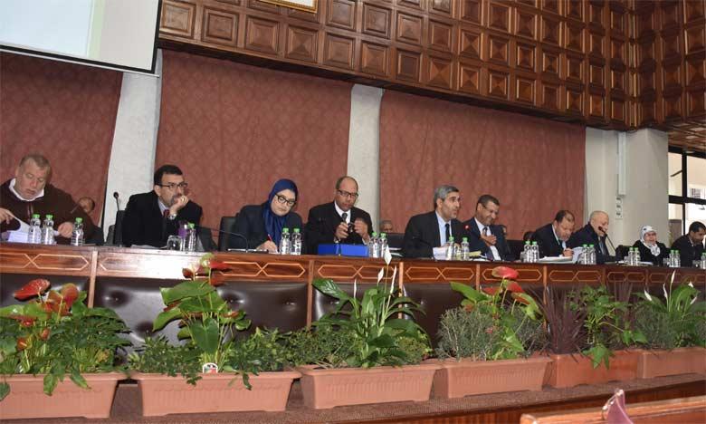 À la fin de la séance, les élus ont approuvé, à l'unanimité, la totalité des points à l'ordre du jour.  Ph : Seddik