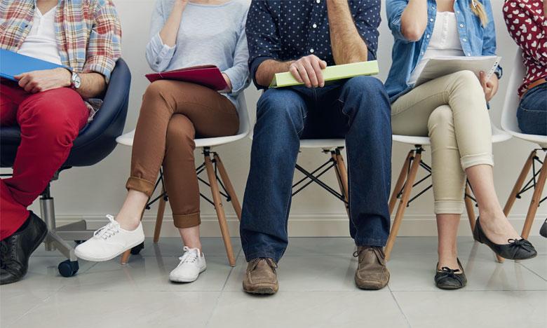 Le programme cible essentiellement les jeunes chômeurs, les inactifs ou ceux travaillant dans l'informel, qu'ils soient diplômés ou non.