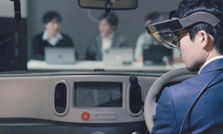 Le véhicule de test est élaboré à partir du fourgon Nissan NV350 Caravan commercialisé au Japon.