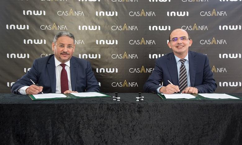De gauche à droite : Driss Essaouabi, Directeur Général Adjoint de l'AUDA et Mohamed Benmahjoub, DG adjoint Entreprises et Développement. Ph. DR