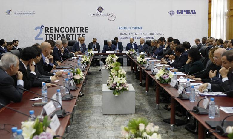 Plus de trois ans après sa première réunion, la Troïka est de nouveau au chevet du financement de l'entreprise et de toute l'économie.