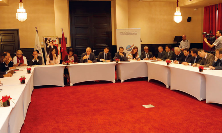 La décision de créer cette plateforme a été prise à l'issue d'une séance de travail, tenue le 22 mai à Casablanca par Salaheddine Mezouar, président de la CGEM, avec les représentants des institutions internationales, des agences et banques de développement et des représentations diplomatiques au Maroc.