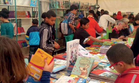 «Toute l'année, nous constatons un engouement positif et croissant en faveur du livre jeunesse par le nombre de prêts de livres»
