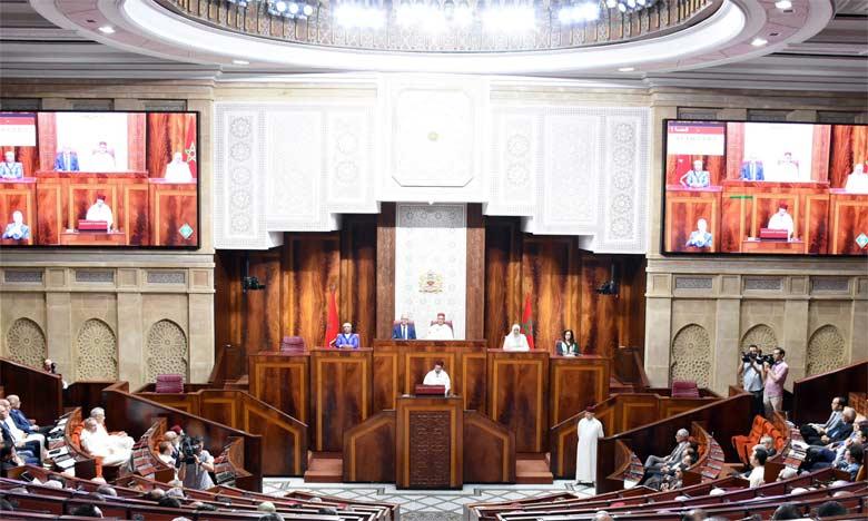 Le Chef du gouvernement présente les cinq axes de son bilan de mi-mandat devant les deux Chambres du Parlement