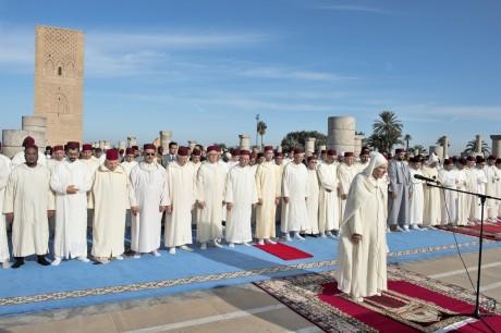 Prières rogatoires accomplies à la Mosquée Hassan de Rabat en présence de S.A.R. le Prince Héritier Moulay El Hassan
