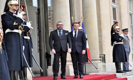 S.M. le Roi Mohammed VI reçu à l'Élysée par le Président de la République française M. Emmanuel Macron