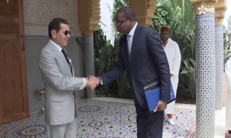 SAR le Prince Moulay Rachid reçoit un émissaire sénégalais porteur d'un message du président Macky Sall à SM le Roi