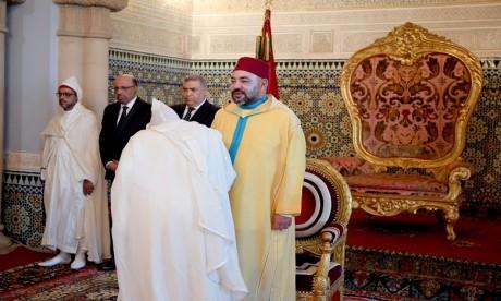 S.M. le Roi nomme de nouveaux walis et gouverneurs au niveau des administrations territoriale et centrale, ainsi que le gouverneur, directeur du FEC et le gouverneur, directeur de l'AUC
