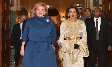 S.A.R. La Princesse Lalla Meryem préside un diner offert par S.M. le Roi en l'honneur de la Princesse Astrid de Belgique