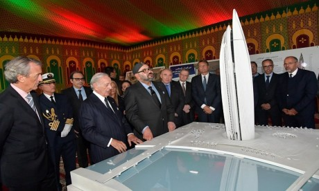 """S.M. le Roi préside la cérémonie de lancement officiel des travaux de construction de la """"Tour Mohammed VI"""""""