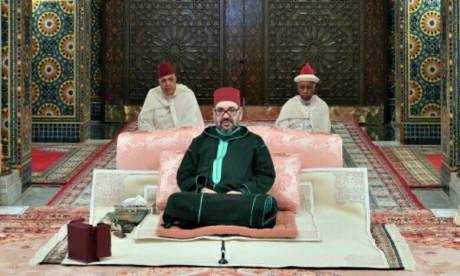 Video : S.M. le Roi, Amir Al-Mouminine, préside la troisième causerie religieuse du mois sacré du Ramadan